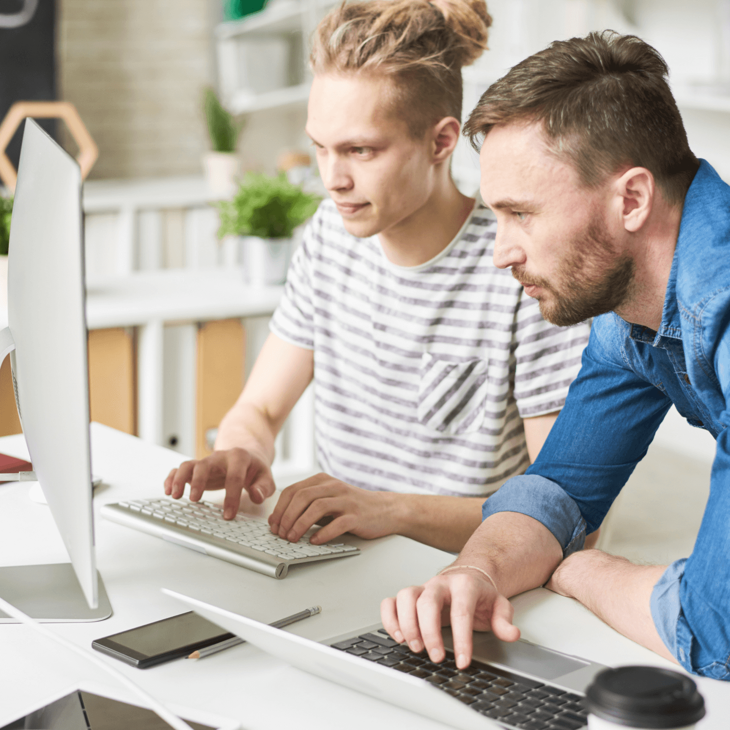 4 Reasons to Invest in Custom Software Development as a Startup